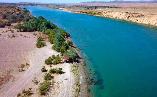 4K видео про красивейшие реки и озера Казахстана